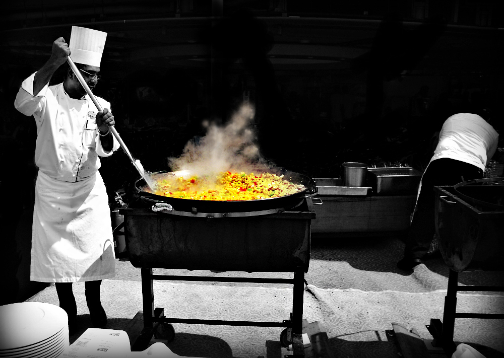 Today: paella...!