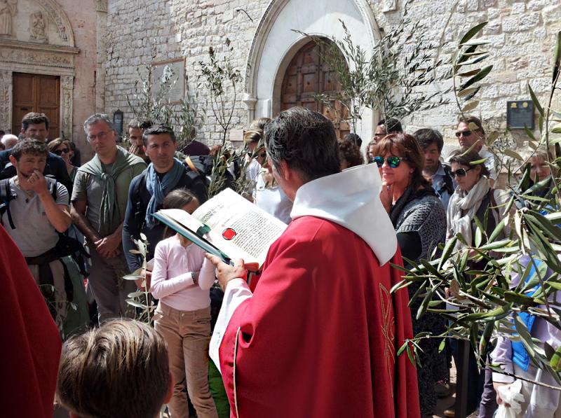 Holy Week 1/5