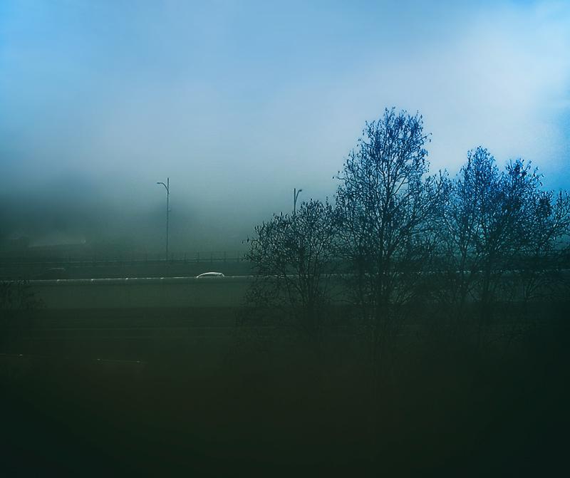 A bue fog