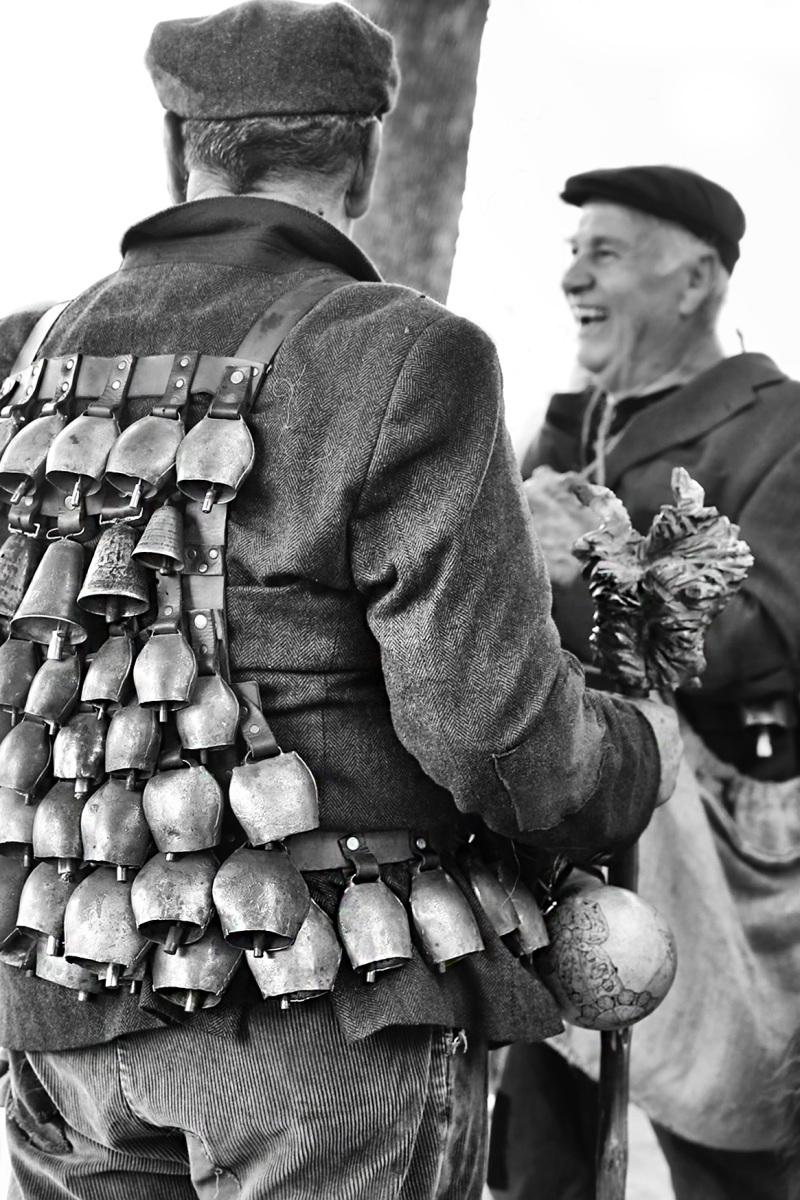 Cowbells (Sardinian culture)