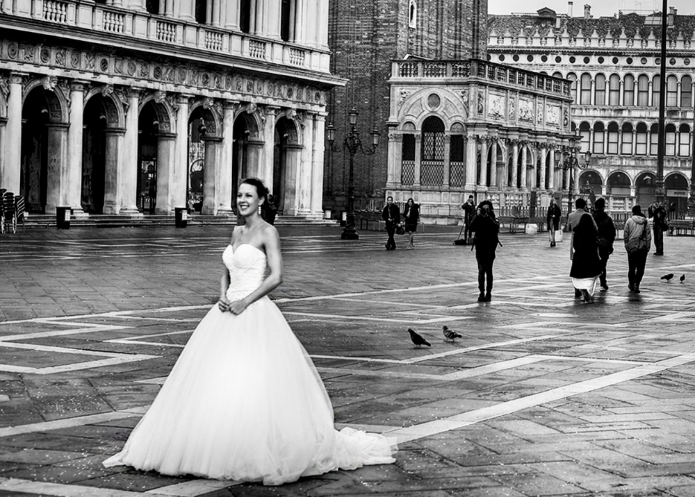 The bride in the square