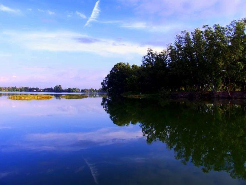 Tasik Biru (aka BLue Lake)