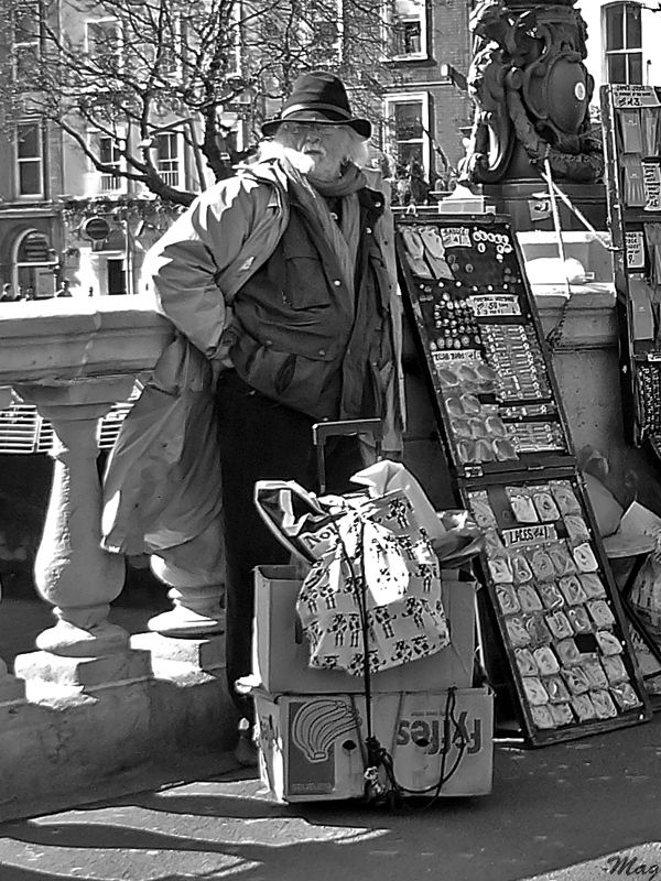 A merchant on O'Connell bridge