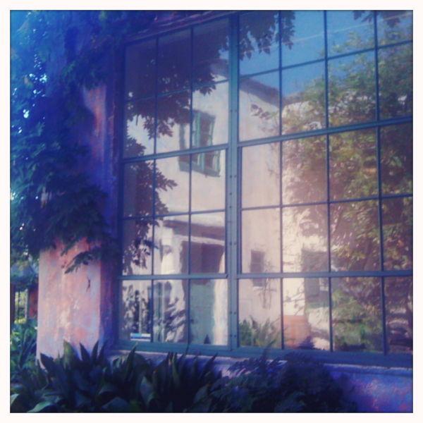 Santa-Barbara, Meridien-Studios, iPhone