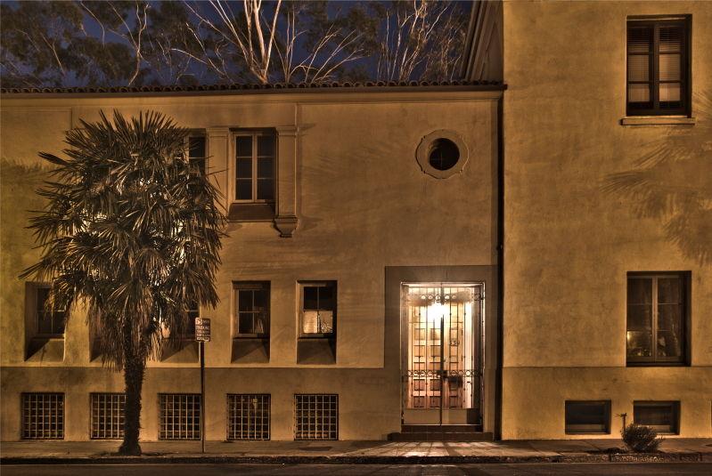 Santa-Barbara. West-Haley-Street, night-photograph
