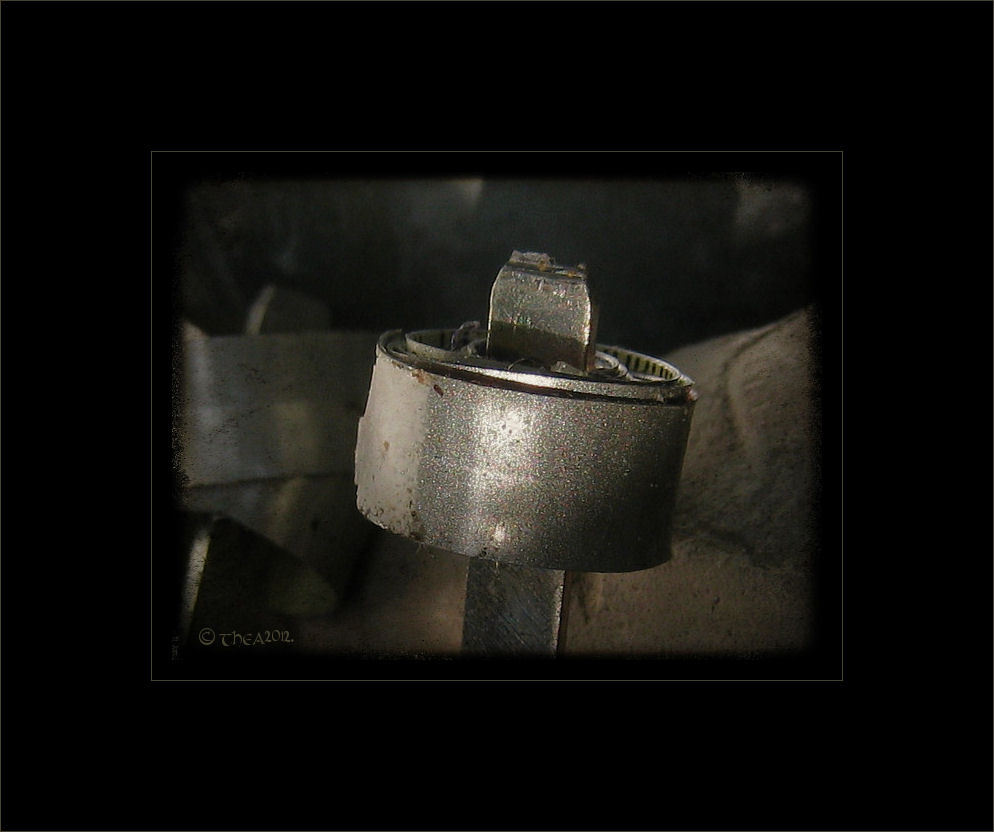 key iron macro