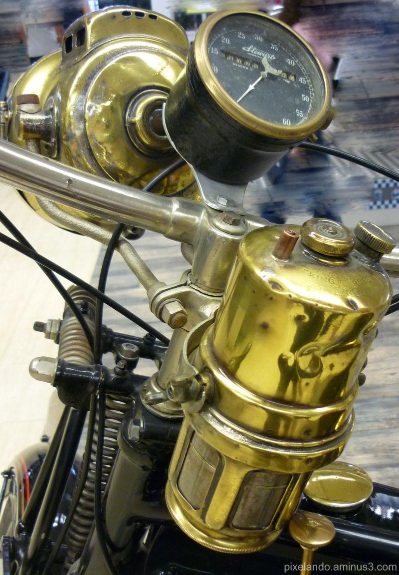 moto antigua de los años 20