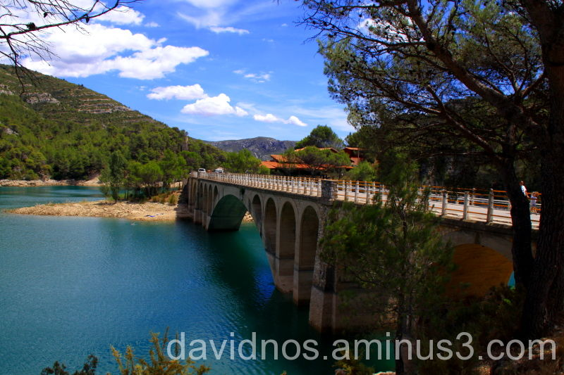 Ulldecona's reservoir bridge