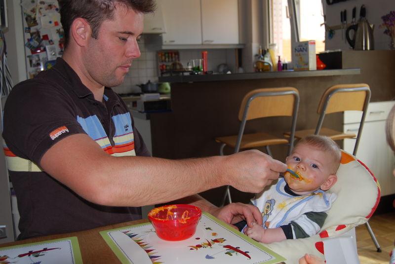 Essen mit Papa