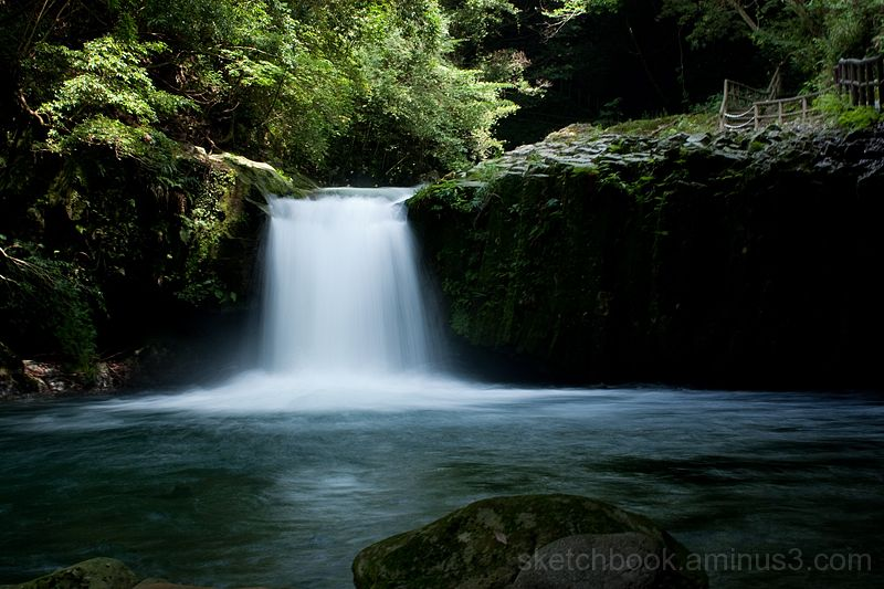 Seven Waterfalls in Kawazu (Hebi-daru)