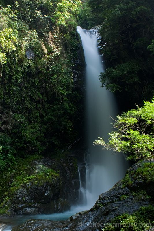 Seven Waterfalls in Kawazu (Kama-daru)