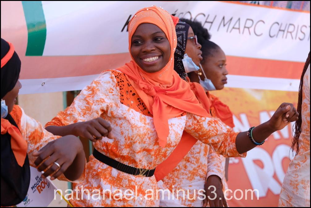 Orange dance...