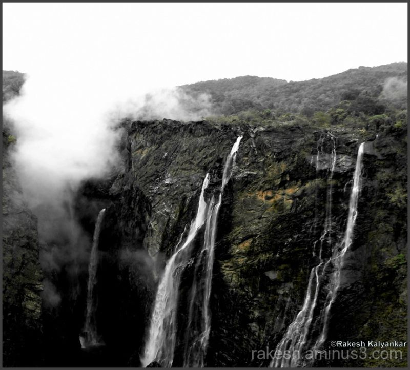 Majestic Jog falls
