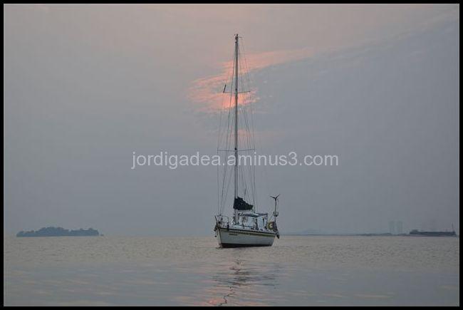 Home, Nora, boat by J Gadea