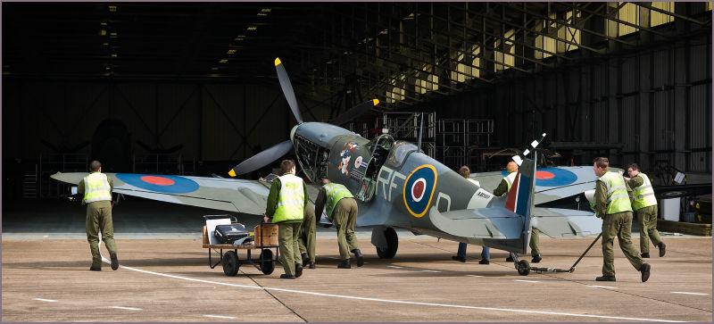 Supermarine Spitfire AB910