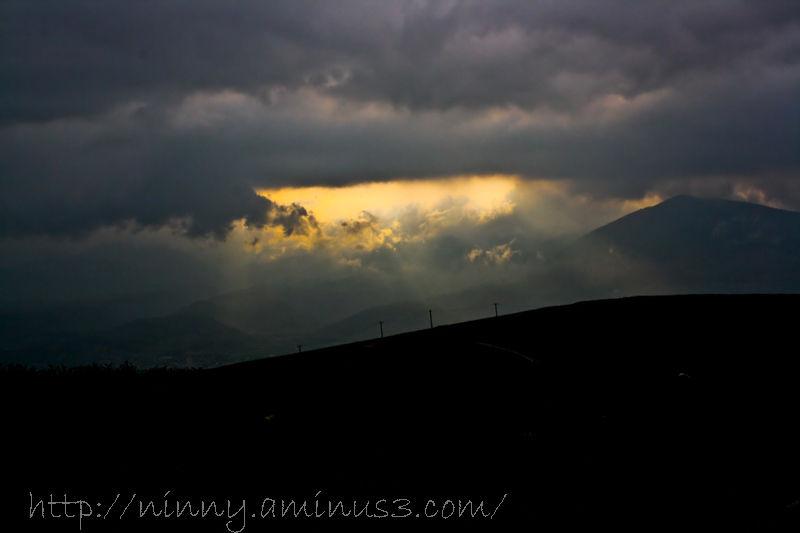 sun luminous and cloud darkness