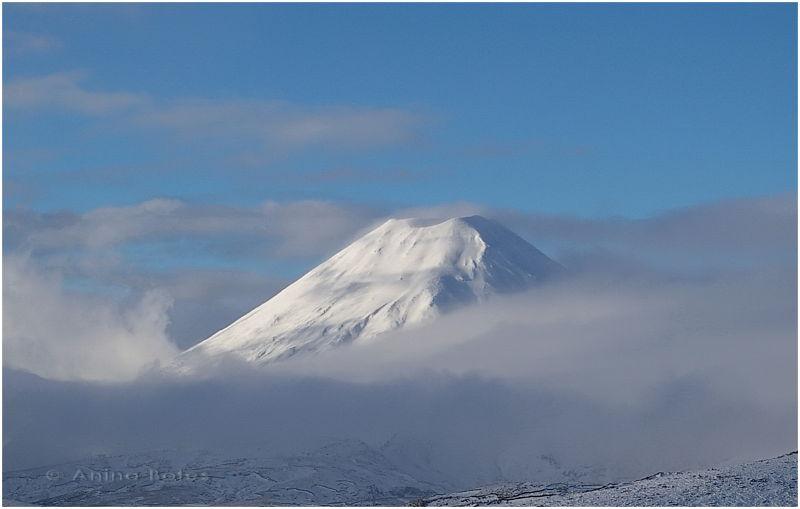 Mt Ngaurahoe, Snow