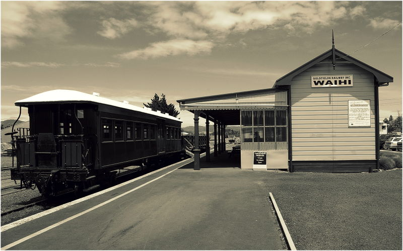 Waihi, Goldfields Railway, Station, Sepia, NZ