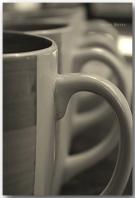 cups, mugs, sepia, repetition, coffee