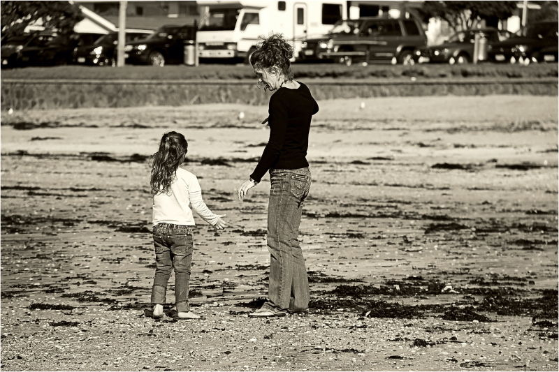 Mother, Child, Beach, Hand, Sepia, NZ