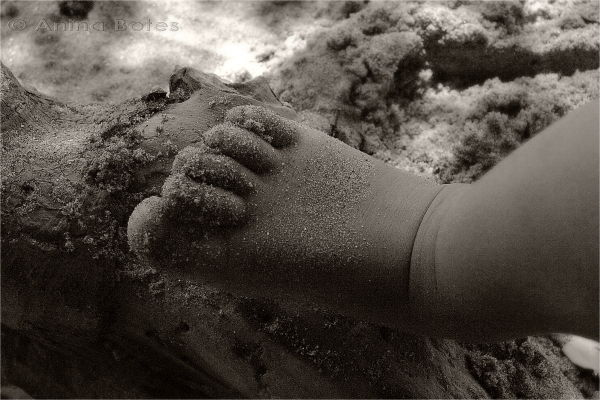 Child, feet, toes, sand, sepia