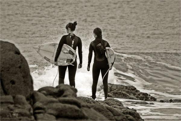 surfer, girls, sepia