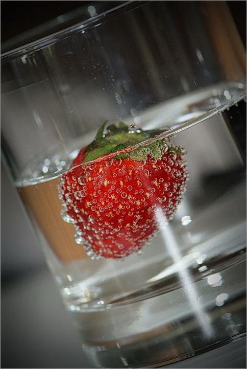 Bubbles, strawberry