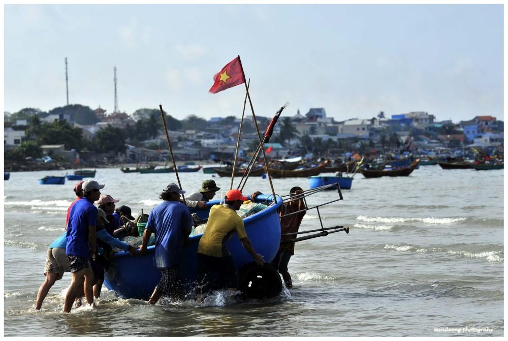 fisherman in Mui Ne, Vietnam