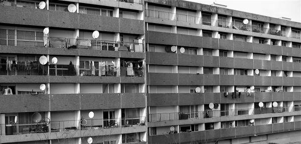 Le monde au balcon