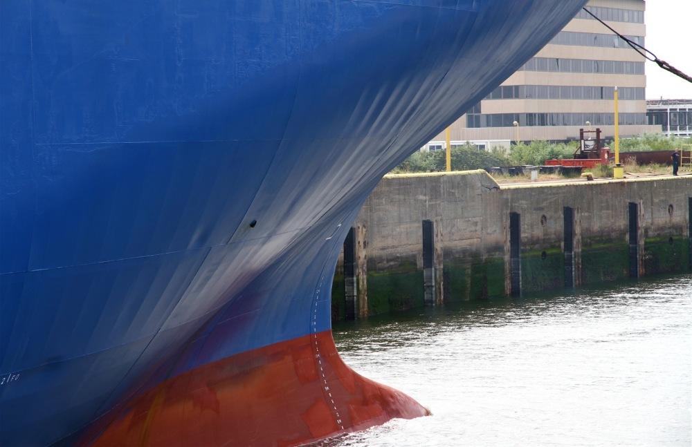 Bateau dans le port de Zeebrugge
