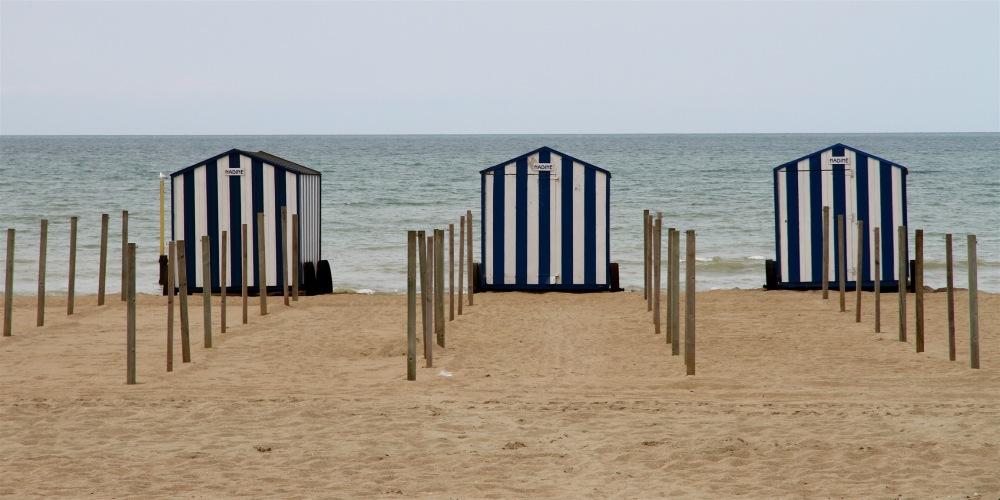 Cabines de plages sur la Mer du Nord.