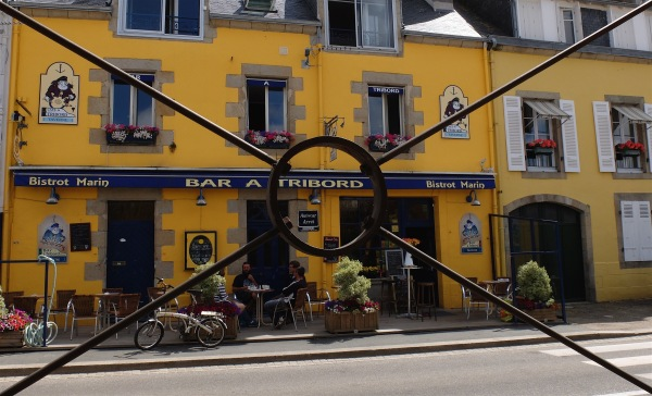Bar à tribord