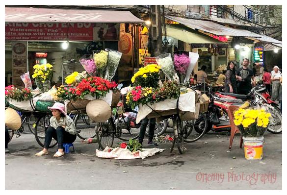 Saigon flowerlady