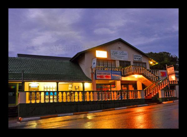 Port Edward - Shops at night