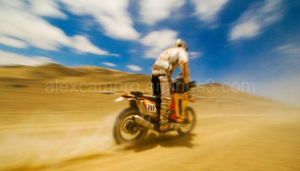 Rally Dakar 2009 KTM Runner thru Atacama Desert