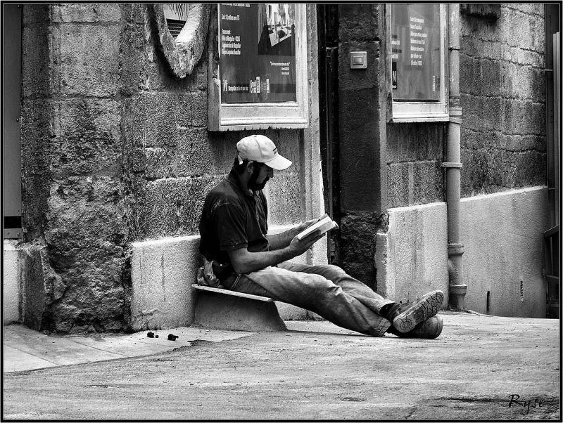 Qui veut voyager loin, ménage sa ... lecture !