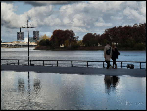 Bordeaux Miroir eau Garonne