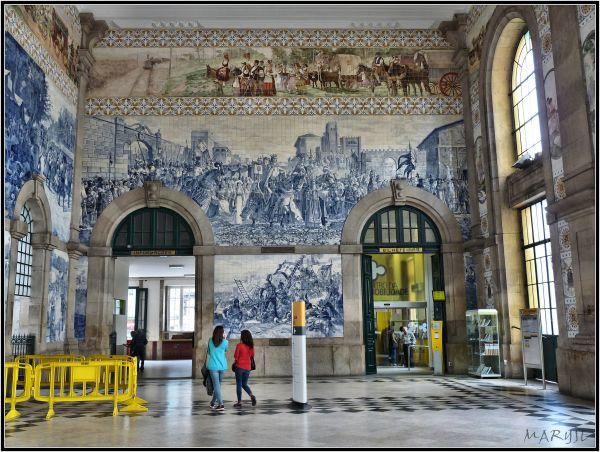 Les azulejos de la gare de Sao Bento - Porto
