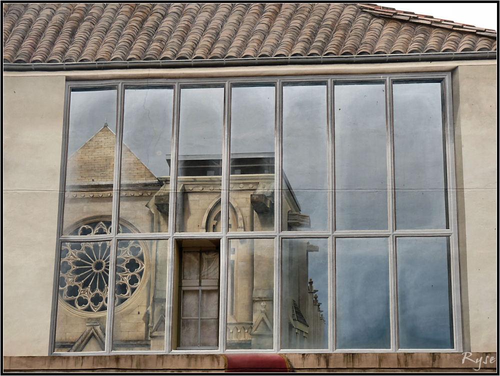 Reflet de l'église St-Roch