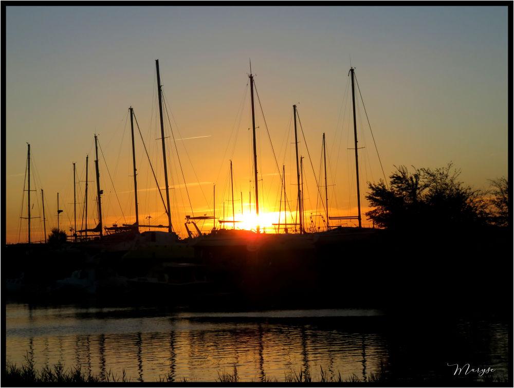 Coucher de soleil à Mortagne sur Gironde