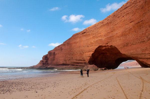 La playa de los Arcos