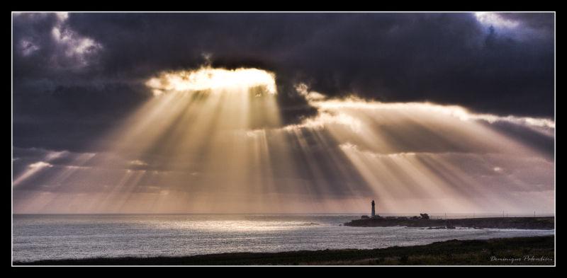 Pigeon Point Lighthouse (CA) - Sun rays