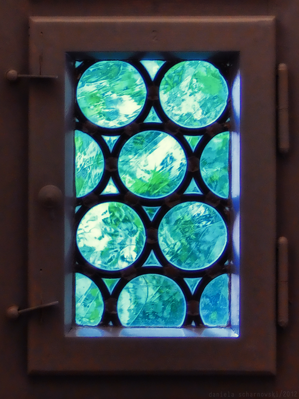 crown glass window