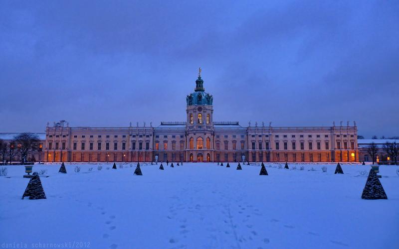 blue hour palace