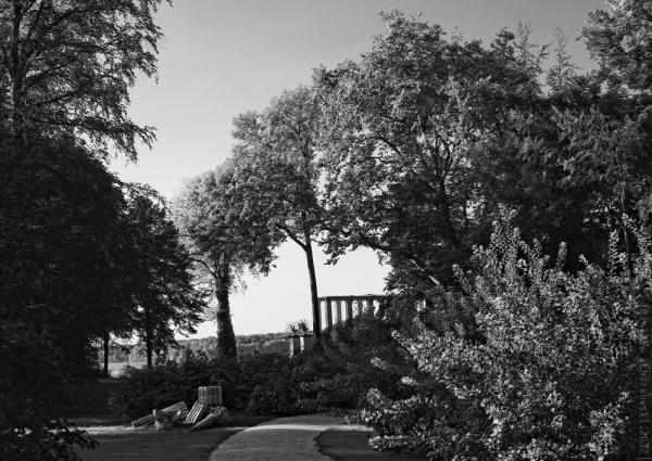 Glienicke Palace Park