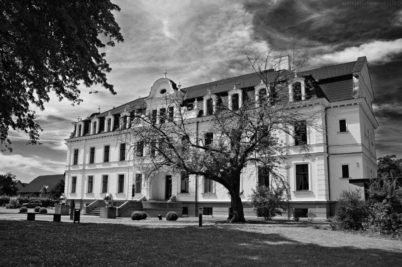 Ribbeck Manor