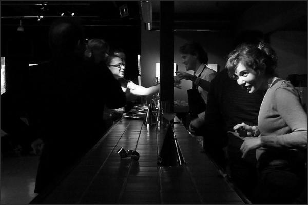 Au bar du théâtre (4)