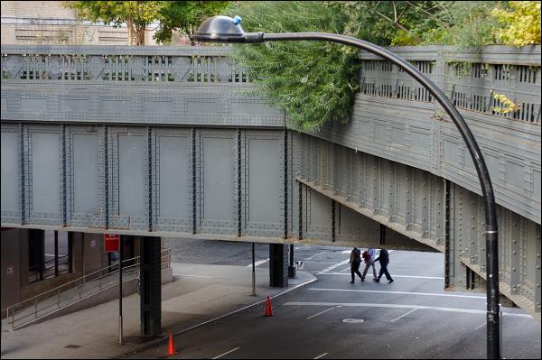 Carrefour sous la High Line