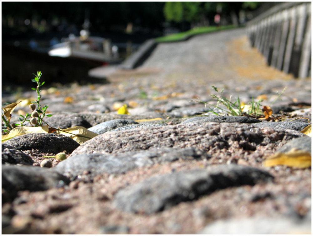 OldStreet, stones