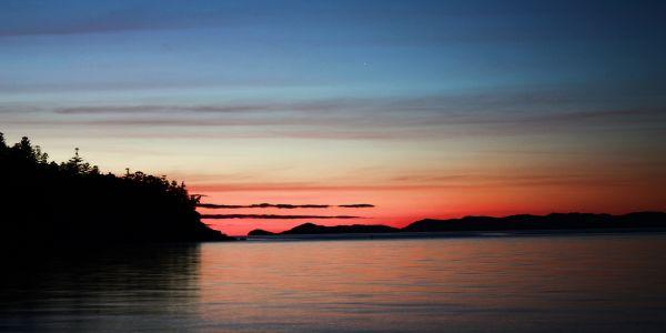 Sunrise at Geoffery Bay, Arcadia, Magnetic Island